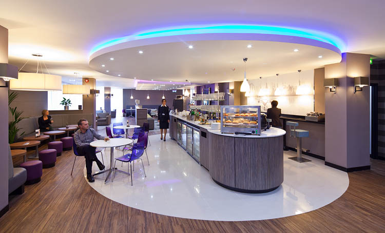 Ridings Travel will help you with airport lounge